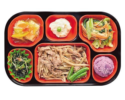 おかずのみ6品を詰めたコースです。お肉やお魚の主菜に加え、彩り豊かな副菜をセット。主菜にボリュームがあるので、ご飯はご自分で準備できる方に人気のコースとなっています。
