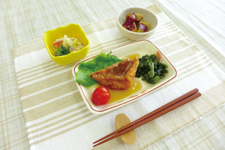うす味で軟らかめに作られた栄養バランスの良い食事です。※舌で崩せる軟らかな食事とは異なる普通食です。