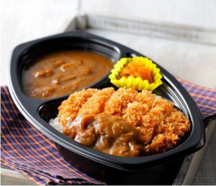 月曜日から土曜日までいつでもお届けできるカレーメニューや曜日ごとに丼もの、幕ノ内弁当など飽きない品揃えをご用意!