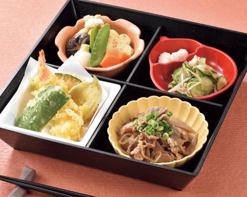 食べごたえ満点!和洋中のバラエティ豊かなおまかせ日替わりメニュー。